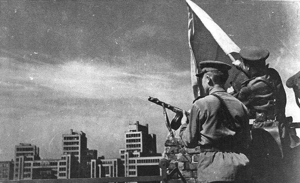 Картинки по запросу звільнення харкова від німецько-фашистських загарбників